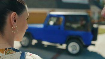 Maaco Overall Paint Sale TV Spot, 'Sapphire Blue: $499' - Thumbnail 3