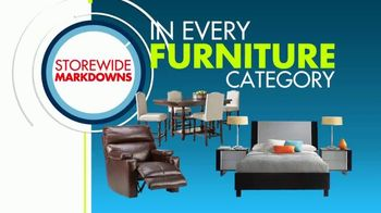 Rooms to Go 3 Day Warehouse Sale TV Spot, 'Houston: Save Up to 30%' - Thumbnail 5