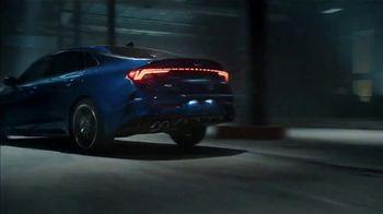 2021 Kia K5 GT TV Spot, 'Stunt Wars' [T1] - Thumbnail 7