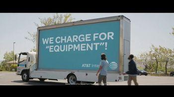 Spectrum Internet TV Spot, 'Mobile Billboard' - Thumbnail 7