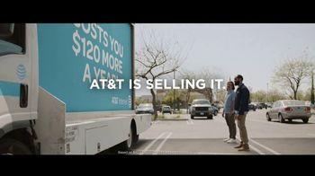 Spectrum Internet TV Spot, 'Mobile Billboard' - Thumbnail 9