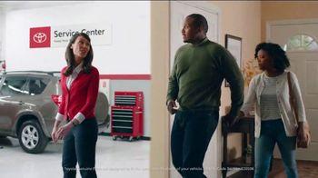 Toyota Service Centers TV Spot, 'Electrician' [T2] - Thumbnail 6