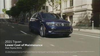 Volkswagen TV Spot, 'Raccoons: SUVs' [T2] - Thumbnail 4