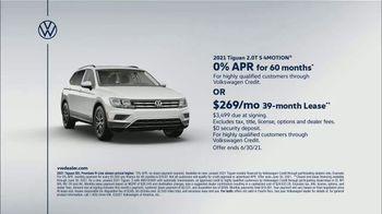 Volkswagen TV Spot, 'Raccoons: SUVs' [T2] - Thumbnail 9