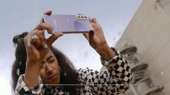Samsung Galaxy S21 5G TV Spot, 'Made For Everyday' Song by Lex Junior - Thumbnail 2