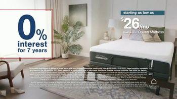Ashley HomeStore Stars + Stripes Mattress Sale TV Spot, 'King for Price of a Twin' - Thumbnail 6