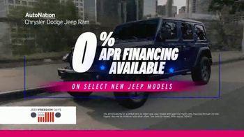 AutoNation Chrysler Dodge Jeep Freedom Days TV Spot, 'Holiday Savings: 0% Financing' - Thumbnail 7