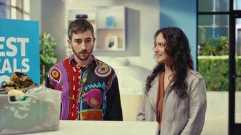 AT&T Wireless TV Spot, 'Best Deals: Lucky Shirt: Free Samsung Galaxy S21 5G'