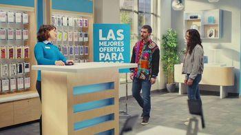 AT&T Wireless TV Spot, 'Best Deals: camisa de la suerte: Free Samsung Galaxy S21 5G' [Spanish] - Thumbnail 6