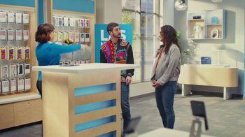 AT&T Wireless TV Spot, 'Best Deals: camisa de la suerte: Free Samsung Galaxy S21 5G' [Spanish] - Thumbnail 7