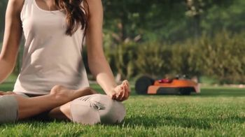 Worx Landroid TV Spot, 'Manicuring Your Lawn'
