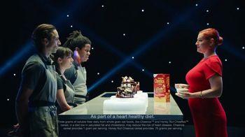 Cheerios TV Spot, 'Change of Heart: Food Critic' - Thumbnail 7