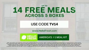 HelloFresh TV Spot, 'Skillet Shortcuts: 14 Free Meals' Featuring Antoni Porowski - Thumbnail 7