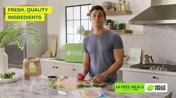 HelloFresh TV Spot, 'Skillet Shortcuts: 14 Free Meals' Featuring Antoni Porowski - Thumbnail 3