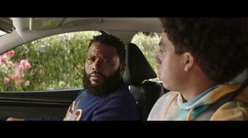 2022 Hyundai Tucson TV Spot, 'ABC and ESPN Personalities Question Everything' Feat. Anthony Anderson, Tayshia Adams [T1] - Thumbnail 3