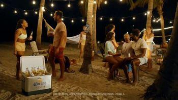Corona Premier TV Spot, 'Ganar y jugar' canción de Young MC [Spanish] - Thumbnail 8