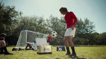 Corona Premier TV Spot, 'Ganar y jugar' canción de Young MC [Spanish] - Thumbnail 1
