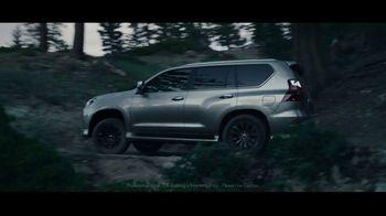 Lexus TV Spot, 'Challenging Journey' Featuring Jon Shook, Vinny Dotolo [T2] - Thumbnail 3