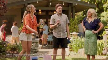 Blue Moon LightSky TV Spot, 'Cornhole' Featuring Rachael Harris