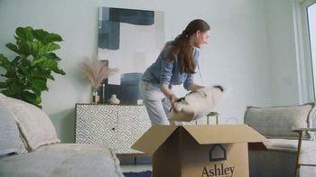 Ashley HomeStore TV Spot, 'Feels Good to Be Home' - Thumbnail 4