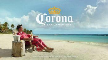 Corona Extra TV Spot, 'Warm Feet, Cold Hands' Featuring Bad Bunny - Thumbnail 7