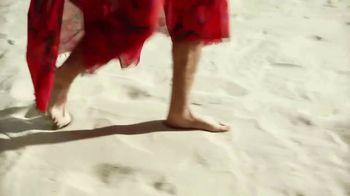 Corona Extra TV Spot, 'Warm Feet, Cold Hands' Featuring Bad Bunny - Thumbnail 2