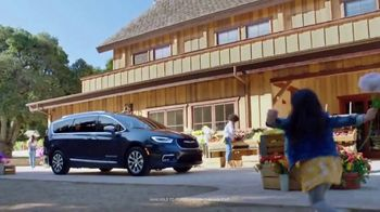 Chrysler Pacifica Family Pricing TV Spot, 'Protect Your World' [T2] - Thumbnail 1