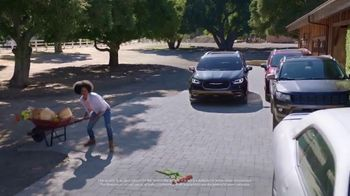 Chrysler Pacifica Family Pricing TV Spot, 'Protect Your World' [T2] - Thumbnail 3