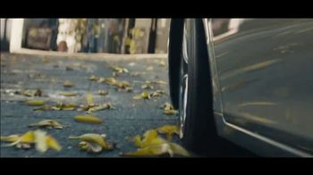 Lexus ES TV Spot, 'Bananas' Song by The Melody Aces [T2] - Thumbnail 6
