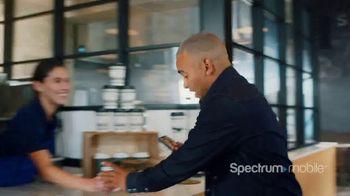 Spectrum Mobile TV Spot, 'Café' con Ozuna [Spanish] - Thumbnail 2