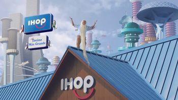 IHOP Steakhouse Premium Bacon TV Spot, 'El futuro del tocino' [Spanish] - Thumbnail 8