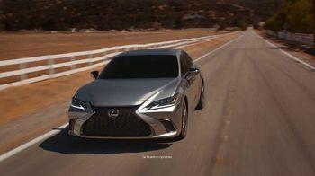 2021 Lexus ES TV Spot, 'El playlist de Sofía' [Spanish] [T2] - Thumbnail 1