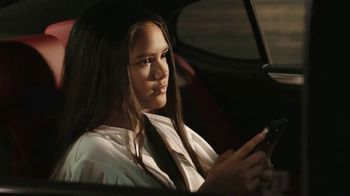 2021 Lexus ES TV Spot, 'El playlist de Sofía' [Spanish] [T2] - Thumbnail 5