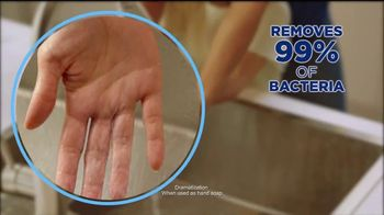 Dawn Antibacterial TV Spot, 'Cuts Through Tough Grease' - Thumbnail 6