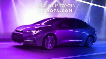 2021 Toyota Corolla TV Spot, 'Dear Catwalk' [T2] - Thumbnail 10