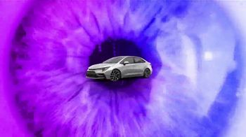 2021 Toyota Corolla TV Spot, 'Dear Catwalk' [T2] - Thumbnail 6