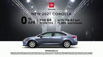 2021 Toyota Corolla TV Spot, 'Dear Catwalk' [T2] - Thumbnail 8