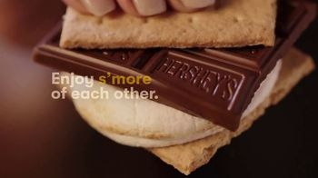 Hershey's TV Spot, 'Slow Down Summer With S'mores' - Thumbnail 6