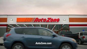 AutoZone TV Spot, 'No suena bien' [Spanish] - Thumbnail 9