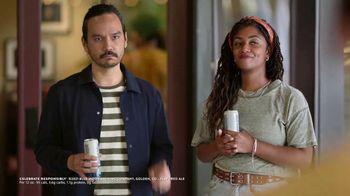 Blue Moon LightSky TV Spot, 'Housewarming' Featuring Rachael Harris - Thumbnail 9