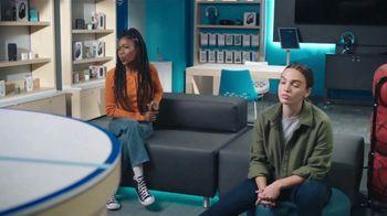 AT&T Wireless TV Spot, 'Lily Plays + Free Samsung Galaxy S215G' - Thumbnail 6