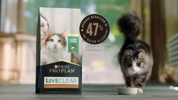 Purina Pro Plan LiveClear TV Spot, 'LiveClear Challenge: Cat Allergens' - Thumbnail 7