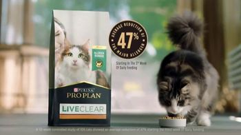 Purina Pro Plan LiveClear TV Spot, 'LiveClear Challenge: Cat Allergens' - Thumbnail 8