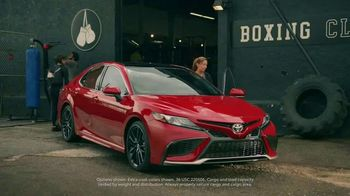 Toyota National Sales Event TV Spot, 'Ups and Downs' Song by Alice Merton [T2] - Thumbnail 2