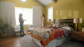 Mattress Firm TV Spot, 'Junk Sleep' Featuring Christina Haack - Thumbnail 3