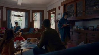 Cox Communications Panoramic Wifi TV Spot, 'A Break From Her Break-Up' Song by Francesca Blanchard - Thumbnail 3