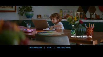 Cox Communications TV Spot, 'Meet the Neighbors' - Thumbnail 6