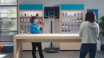 AT&T Wireless TV Spot, 'Security Threat: Mask' Featuring David Robinson - Thumbnail 2