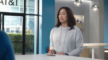 AT&T Wireless TV Spot, 'Security Threat: Mask' Featuring David Robinson - Thumbnail 5