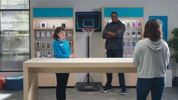 AT&T Wireless TV Spot, 'Security Threat: Mask' Featuring David Robinson - Thumbnail 6